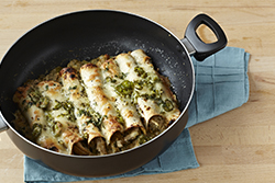 TH_Chicken-Enchiladas-Suizas