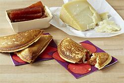 TH_Guava_Cheese_Empanada