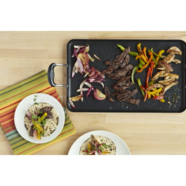 IMUSA Nonstick Fajita and Tortilla Griddle with Bakelite Handles, Black