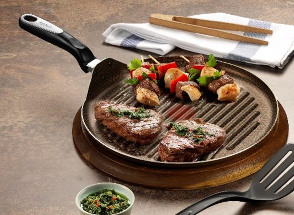 "IMUSA Talent Master 12"" Round Griddle"